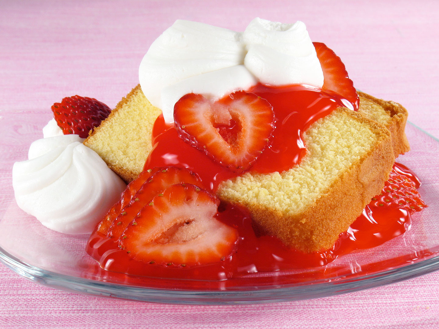 strawberry pound cake pound cake amp strawberries florida strawberry 7762