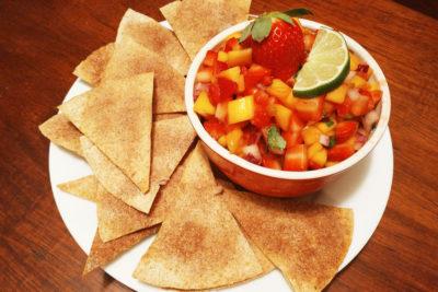 Strawberry Mango Salsa with Whole Wheat Cinnamon Chips #FLStrawberry
