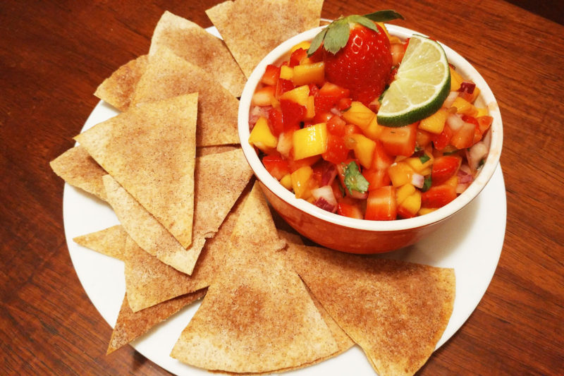 Strawberry Mango Salsa with Whole Wheat Cinnamon Chips #FLStrawberry